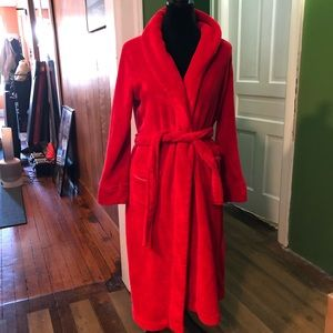 Victoria's secret red cozy bath rob xs